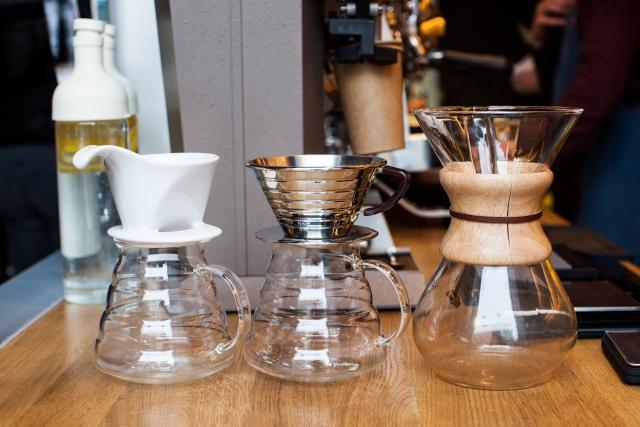 日本製コーヒーマシン購入時のポイント2:コーヒーサーバーの材質
